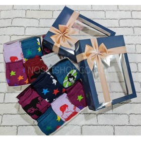 """Набор женских носков """"Клевер"""" в подарочной коробке р. 36-40 -(в уп. 6 пар) -микс цветов"""