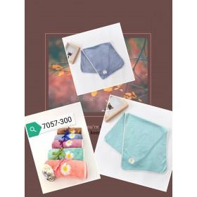 Полотенце 7057-300 кухонное микрофибра-велюр, р. 70*35 уп. 5 шт -(в рулончиках +одна ромашка)